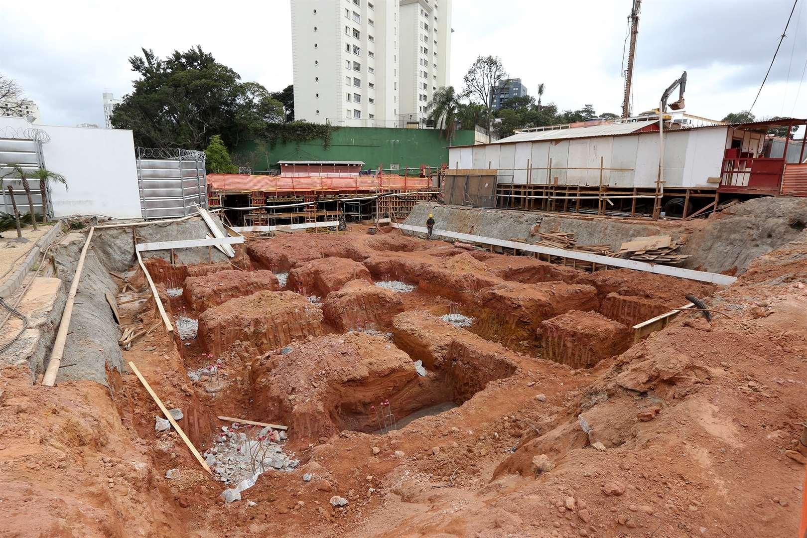 Misti Morumbi de 2 a 4 dormitórios em Morumbi, São Paulo - SP